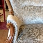 Canape-Louis-Philippe-Velours-Designers-GUILD-Royale-Collection-19e-lembellie-restauration-siege-crolles-isere